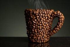Kaffeebohnebecher Lizenzfreie Stockfotografie