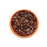 Kaffeebohnen in der orange Schüssel. Stockbild