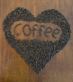 Kaffeebohnen loveheart Lizenzfreie Stockfotos