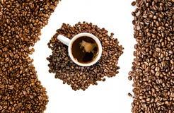 Kaffeebohnen mit Exemplarplatz Lizenzfreie Stockbilder