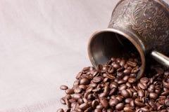 Kaffeebohnen mit Kaffepotentiometer Lizenzfreies Stockbild