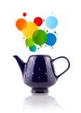 Kaffeedose mit bunter abstrakter Spracheblase Lizenzfreies Stockbild