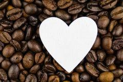 Kaffeeherz und -zirkulation stockbild