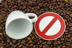 Kaffeeherz und -zirkulation lizenzfreie stockbilder