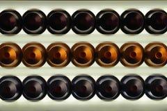 Kaffeekapseln auf einem hellen Hintergrund Lizenzfreie Stockfotos