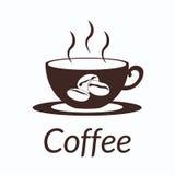 Kaffeekonzept durch Gebrauchsbraunfarben und Hintergrundweiß Stockbild