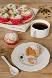 Kaffeekuchen, Muffins mit Kaffeearoma Stockbilder