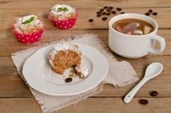 Kaffeekuchen, Muffins mit Kaffeearoma Lizenzfreies Stockbild