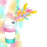 Kaffeepapierschale auf Hexagonhintergrund Lizenzfreie Stockbilder