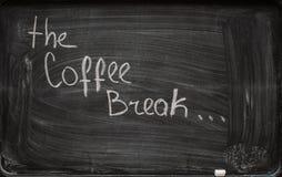 'Kaffeepause' auf Tafel schreiben Lizenzfreies Stockbild