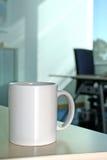 Kaffeepause im Büro Stockfotos