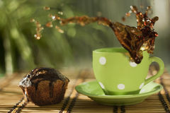 Kaffeespritzen lizenzfreie stockbilder