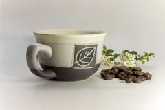 Kaffeestillleben mit einer Schale Stockbild