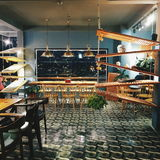 Kaffeestubeinnenraum Stockbilder