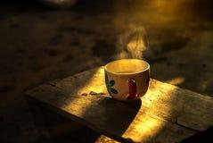 Kaffeetasse in der Morgenzeit Lizenzfreies Stockbild