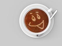 Kaffeetasse, die auf einer Untertasse mit einem smileygesicht gezeichnet in den schäumenden Latte sitzt Stockfotografie
