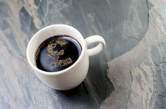 Kaffeetasse: Ein Pfundzeichen Lizenzfreie Stockfotos
