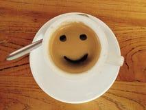 Kaffeetasse mit smileygesicht Lizenzfreies Stockfoto