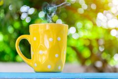 Kaffeetasse Schwarzes des gutenmorgens Stockfoto
