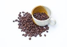 Kaffeetasse und Kaffeebohnen Lizenzfreie Stockfotografie