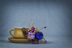 Kaffeetasse und kleines Boquet 9 stockbild