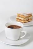 Kaffeetasse und Plätzchen lizenzfreies stockfoto