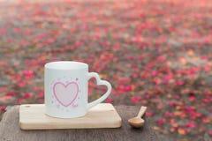 Kaffeetasse - Weinleseeffekt-Artbilder stockbilder