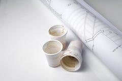 Kaffeetassen auf Entwurf Lizenzfreie Stockfotos