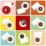 Kaffeetassen mit Piktogrammen Stockfoto