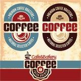 Kaffeetiketter Cafe kafeteria Retro stilkaffeetiketter royaltyfri illustrationer