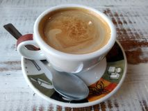 Kaffeezeit morgens lizenzfreies stockbild