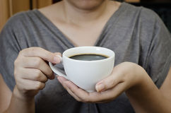 kaffeholding Royaltyfri Foto