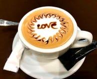 Kaffekopp med förälskelse Royaltyfri Bild