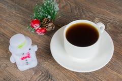Kaffekopp med snögubben Royaltyfri Bild