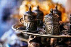 Kaffekopp med turkiska motiv Royaltyfri Bild