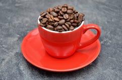 Kaffekopp och kaffeböna Royaltyfri Bild