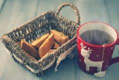 Kaffekopp och kaka Royaltyfria Bilder