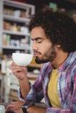 kaffekopp som har mannen Royaltyfri Fotografi