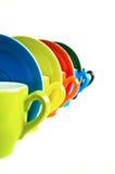 Kaffekoppar i linje Arkivbilder