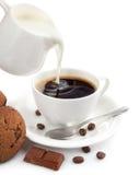 kaffekoppen mjölkar Fotografering för Bildbyråer