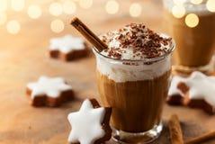 Kaffeskaka för jul royaltyfri bild