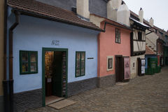 Kafka hus, 22 guld- gränd Prague fotografering för bildbyråer