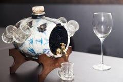 Kagge med alkohol arkivfoton
