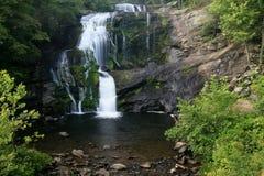 Kahler Fluss-Wasserfall Lizenzfreie Stockbilder