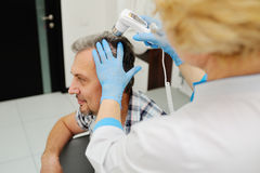 kahlheit Diagnosen Haar und Kopfhaut stockfotografie