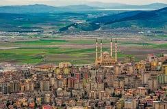 Kahramanmaras, cityscape van Turkije stock afbeeldingen