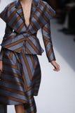 Kaia Gerber geht die Rollbahn an der Fendi-Show während Milan Fashion Week Springs /Summer 2018 stockfotografie