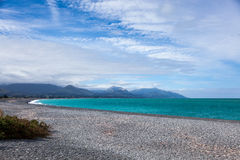 KAIKOURA, NUOVA ZELANDA - 12 FEBBRAIO: Spiaggia vicino a Kaikoura in nuovo Fotografia Stock Libera da Diritti