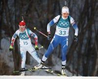 Kaisa Makarainen de Finlandia compite en individuo del ` s el 15km de las mujeres del biathlon en los juegos 2018 de olimpiada de Fotografía de archivo