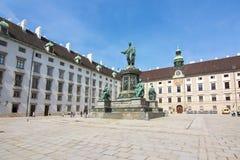 Kaiser Franz Ja zabytek w podwórzu Hofburg pałac, Wiedeń, Austria zdjęcia royalty free
